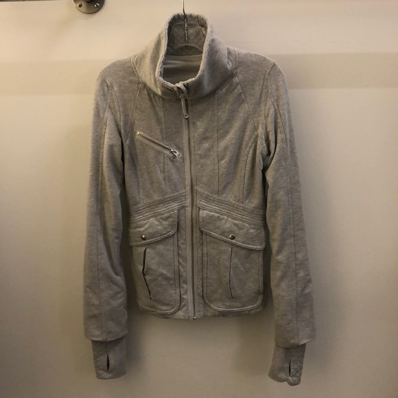lululemon athletica Jackets & Blazers - Lululemon gray jacket, sz 8, 70659